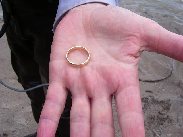 A sucess Story ...A wedding ring was found!